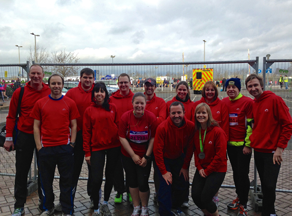 2014 Reading Half Marathon Team Covea 01