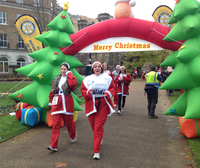 2014 Santa Run Reading Paul Ali 02